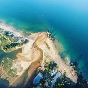 aerial-shot-aerial-view-beach-bird-s-eye-view-587015